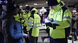 Accordo bipartisan in Danimarca: beni sequestrati ai migranti per pagare le spese di