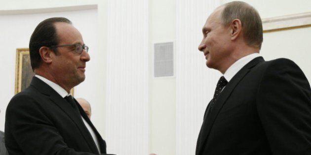 Guerra Isis, Hollande incassa l'appoggio militare di Putin, Obama, Merkel e Cameron. Da Renzi la risposta...
