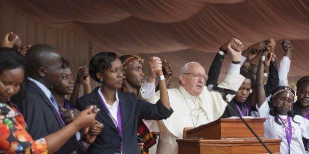 Papa Francesco l'africano, la missione completa la metamorfosi di Bergoglio da Papa dell'Ovest a Papa...