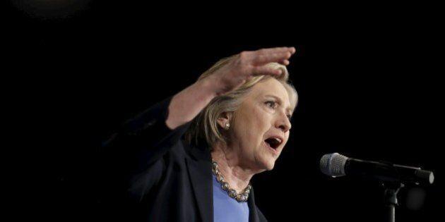 Hillary Clinton sbotta contro attivista Greenpeace: