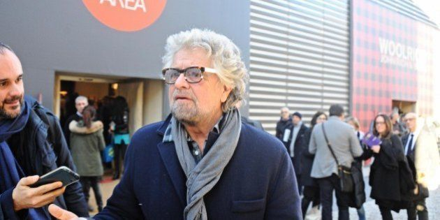 Partito democratico querela Beppe Grillo per le sue dichiarazioni sul blog.