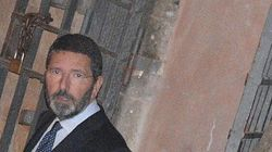 Marino in procura per l'inchiesta sulle spese nega il