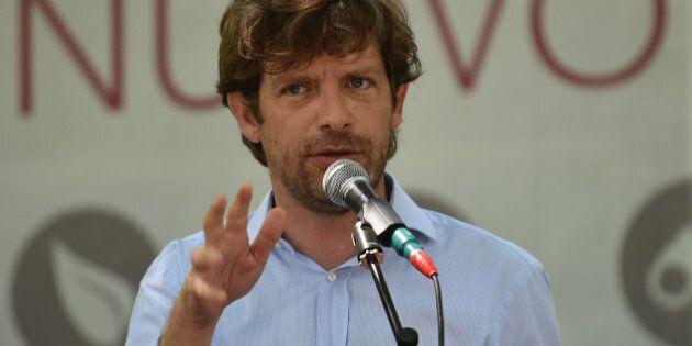 Referendum, Pippo Civati lancia l'appello a Maurizio Landini e Pier Luigi Bersani: