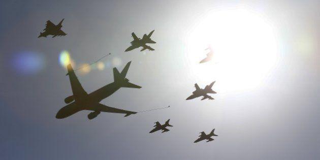 Nato, maxi esercitazione Trident nel Mediterraneo: 36 mila uomini e 140
