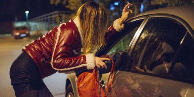 Prostituzione, Giunta Marino pensa di mandare le multe a casa dei clienti. Possibile sanzione da 500