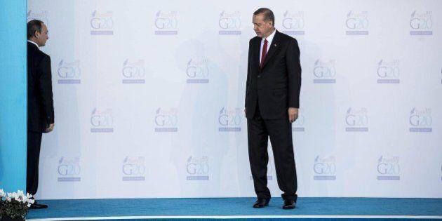 Russia Turchia, Putin gela Erdogan: