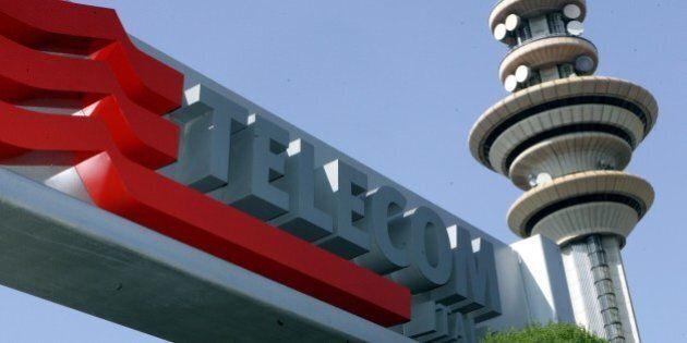 Telecom Italia annuncia 1.700 esuberi a seguito della razionalizzazione dei call center e blocca l'assunzione...