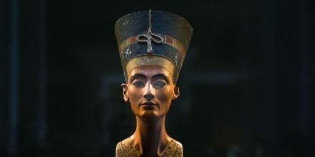 Egitto, una stanza segreta nella tomba di Tutankhamon: forse conserva i resti di Nefertiti