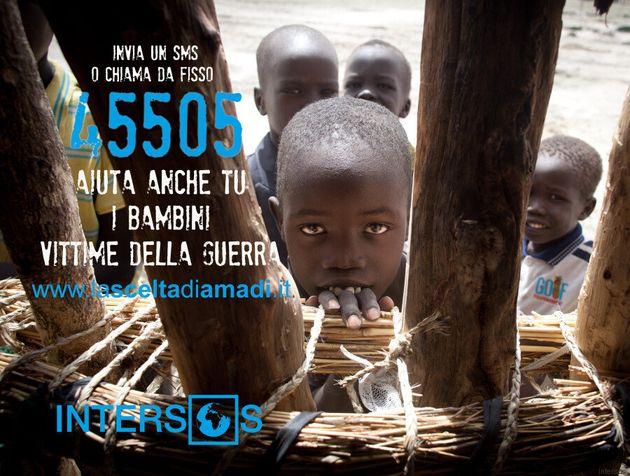 Piccoli profughi e bambini vittime della guerra in Sud Sudan. La campagna Intersos per donare 2 euro...