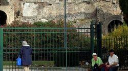 Gravi disagi per 2000 turisti a Pompei: cancelli chiusi