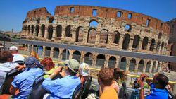L'ultima idea del governo: far pagare di più i turisti con la tassa di
