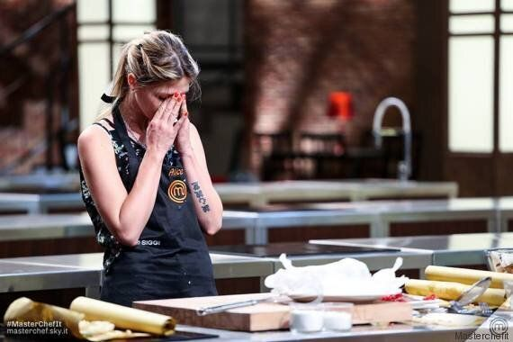 Masterchef 5: eliminate Beatrice e Alice e a sorpresa i giudici in cucina con i concorrenti