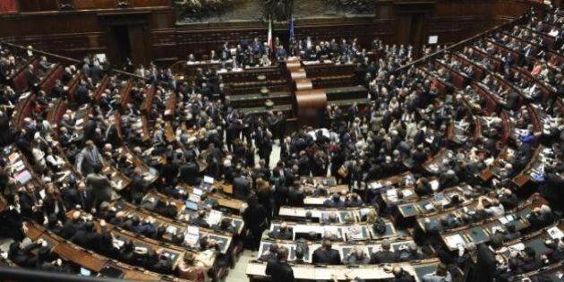 Stipendi tagliati ai dipendenti e tetto di 240mila euro? Alla Camera vale solo per due anni. La sentenza...