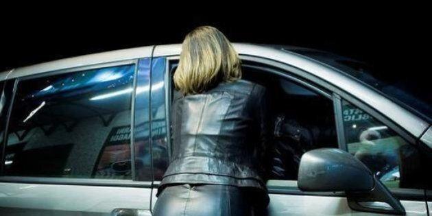 Madre costringe la figlia minorenne a prostituirsi. A Reggio Emilia continua l'inchiesta sulla baby