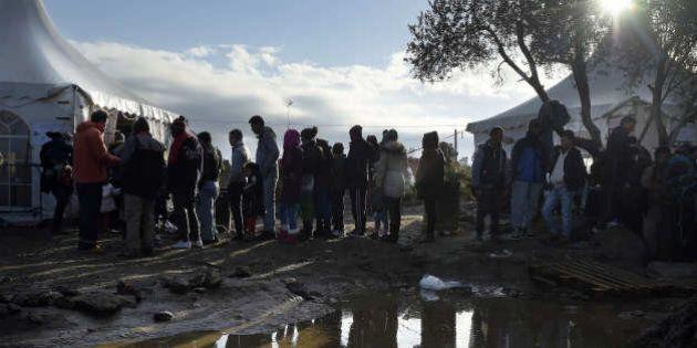 Migranti, Svizzera impone ai rifugiati consegna dei beni fino a 9mila euro in cambio