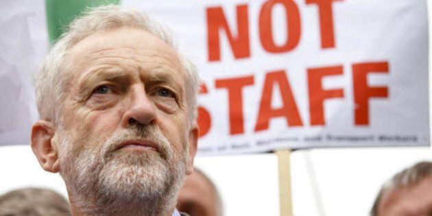 Jeremy Corbyn leader dei Laburisti. La missione del nuovo capo: mettere da parte il radicalismo per tenere...