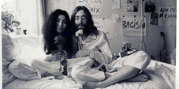 Compleanno John Lennon, l'omaggio di Yoko Ono: realizzare il simbolo della pace