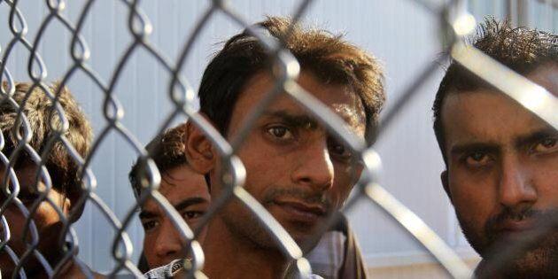 Emergenza profughi: la Germania sospende i treni dall'Austria. Aumentati i controlli alle frontiere....