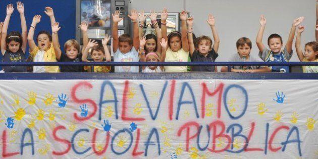 Bambini italiani senza stimoli culturali, con gravi lacune, costretti a stare in scuole inagibili. Il...