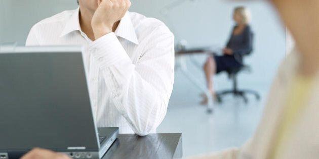 Controllare la mail solo in orari prestabiliti e saper dire di no, 10 abitudini che ti aiuteranno a essere...