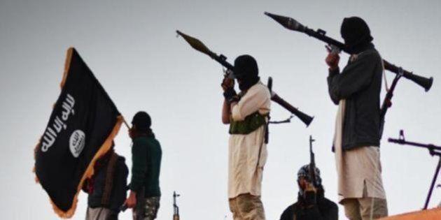 Il silenzio dei potenti e gli orrori del Califfato