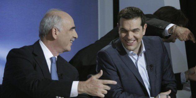 Elezioni Grecia, Tsipras e Meiramakis all'ultimo duello tv. Scontro su migranti ed economia. Per i sondaggi...