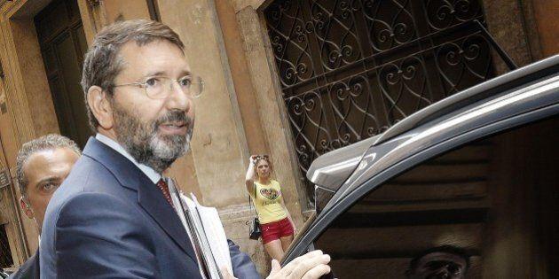 Roma, Ignazio Marino pronto al rimpasto. Lascia anche l'assessore al Bilancio Silvio Scozzese, in entrata...