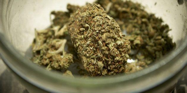 Se anche le Nazioni Unite chiedono la totale depenalizzazione delle droghe, che aspetta