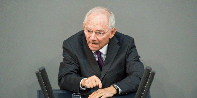 Ue, il ministro delle Finanze tedesco Wolfgang Schaeuble. Per la Commissione europea