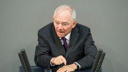 Schaeuble vuole l'eurotassa, la Commissione Ue: