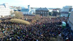 La piazza stracolma di Reykjavík e la bellezza della