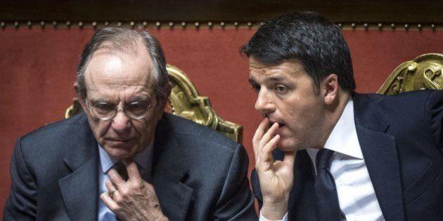 Banche, Renzi e Padoan chiamano i banchieri a Palazzo Chigi per aprire l'ombrello protettivo. Tutti i...
