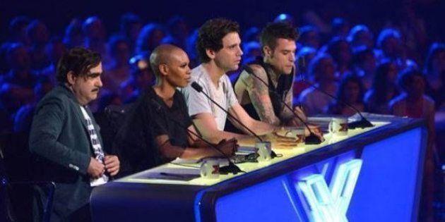 X Factor 9: prima puntata. Massimiliano eliminato. Skin fa spettacolo, Elio sbarca su Twitter
