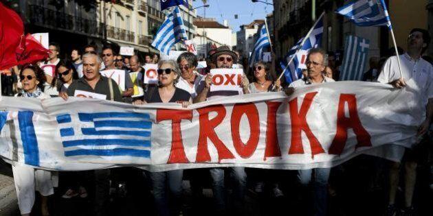 La Troika è arrivata ad Atene. Al via i negoziati con le autorità greche per un nuovo prestito al