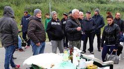 I barricaderi del ferrarese, (finti) eroi di un'italianità diffusa. Povera