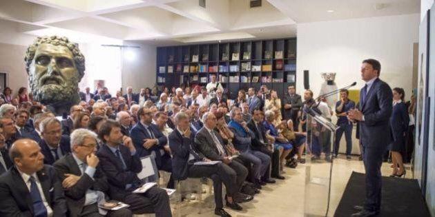 Referendum, la vera campagna di Matteo Renzi: non cita il voto, si tuffa nei dati Istat. Ma Taranto chiede...