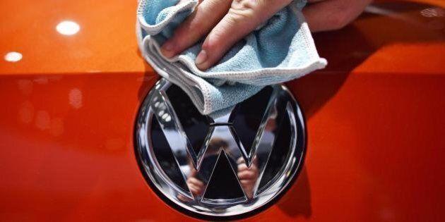 Volkswagen prima al mondo per numero di auto vendute: la casa di Wolfsburg supera