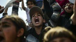 Migranti. L'Ue lascia Renzi in attesa: riforma di Dublino solo dopo il referendum su