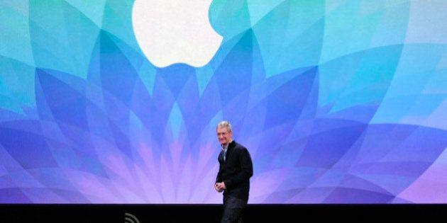 L'ossessione di Apple per il politicamente corretto: vuol togliere parolacce da libri e