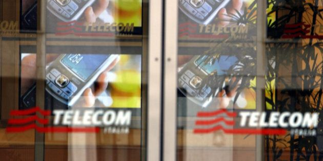 Banda larga, l'intesa Enel-Wind-Vodafone spaventa Telecom. I sindacati: