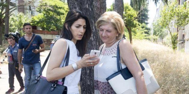 Paola Muraro, il conflitto d'interesse dell'assessore della Raggi: in 12 anni dall'Ama 1 milione di