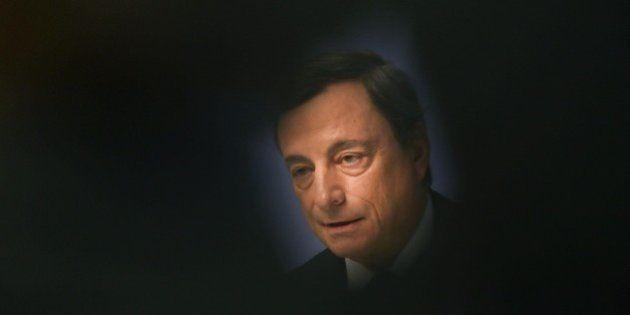 Bce, Mario Draghi vede un 2016 impegnativo.