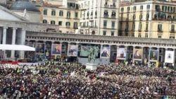 La gaffe di Grillo: ''Marea umana contro Renzi''. Ma è la piazza di papa