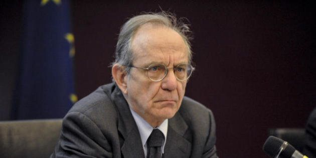 Arriva la lettera Ue. Pier Carlo Padoan: chiesti chiarimenti su sisma e