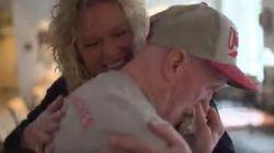 Il cuore di suo figlio batte nel petto di un altro: la mamma lo ascolta per la prima