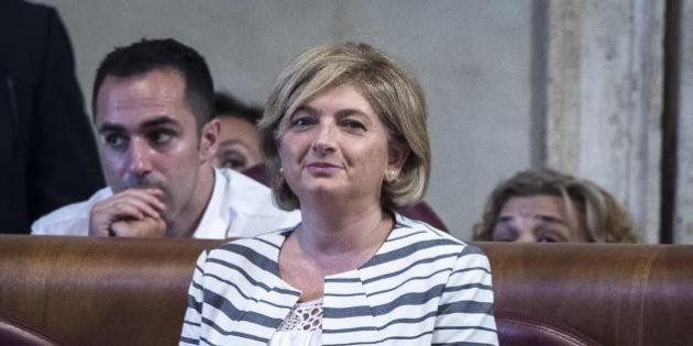Roma, lo stipendio dell'assessore Muraro triplicato con Alemanno. Lei: