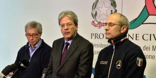 Terremoto, Gentiloni mette 30 milioni per l'emergenza. E avverte la Ue: