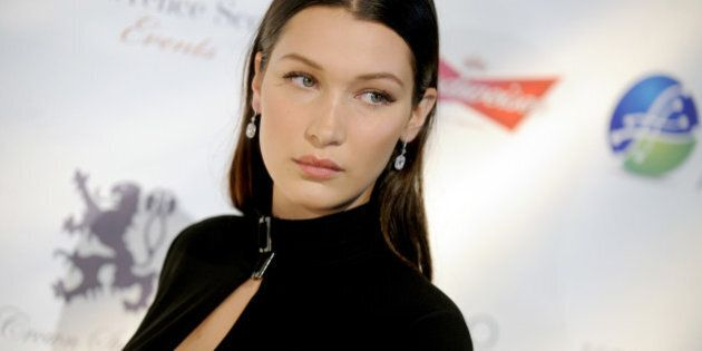 La top model Bella Hadid al supermercato con un look coraggioso che poche potrebbero imitare