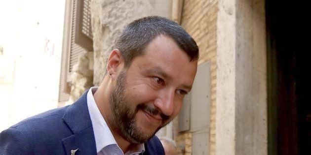 La destra contro la domenica dei musulmani nelle chiese italiane. Salvini: