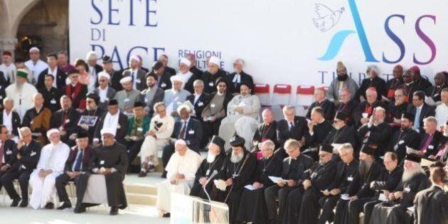 A 30 anni dalla preghiera per la pace di Assisi l'impegno delle religioni è sempre più necessario per...